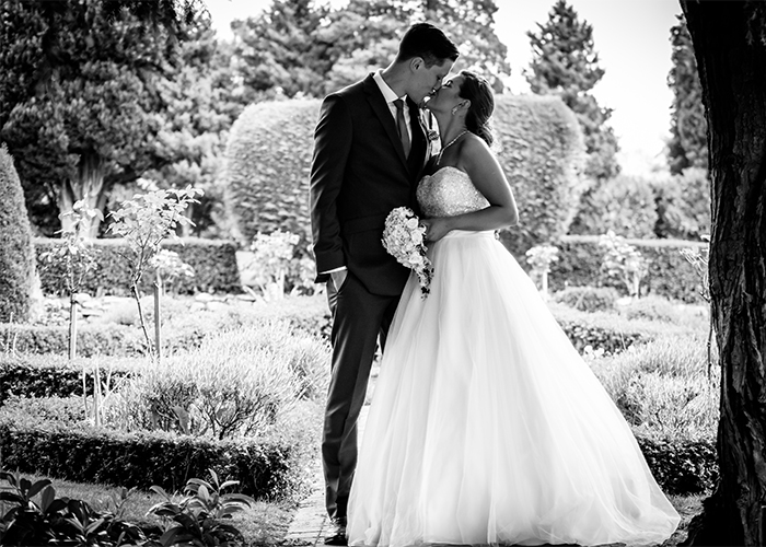 Manchester wedding photographer at Mottram Hall