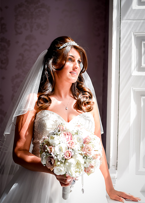 Cheshire wedding photographer at Mottram Hall